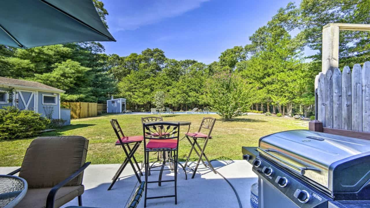 285 Acapesket image - Cape Cod Vacation Rental Homes With Pool 2021